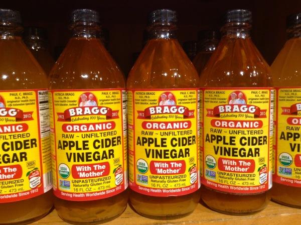 the-health-benefits-of-apple-cider-vinegar-by-green-blender